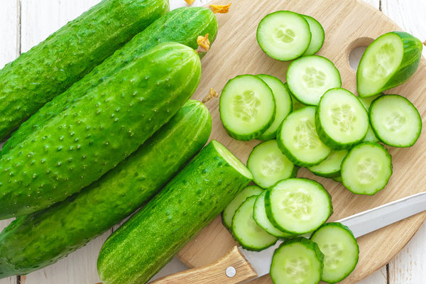 after-reading-this-you-are-going-to-eat-cucumber-every-day